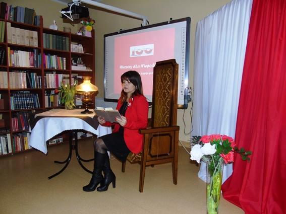 Wieczory Literackie dla Niepodległej - czyta Monika Bochan